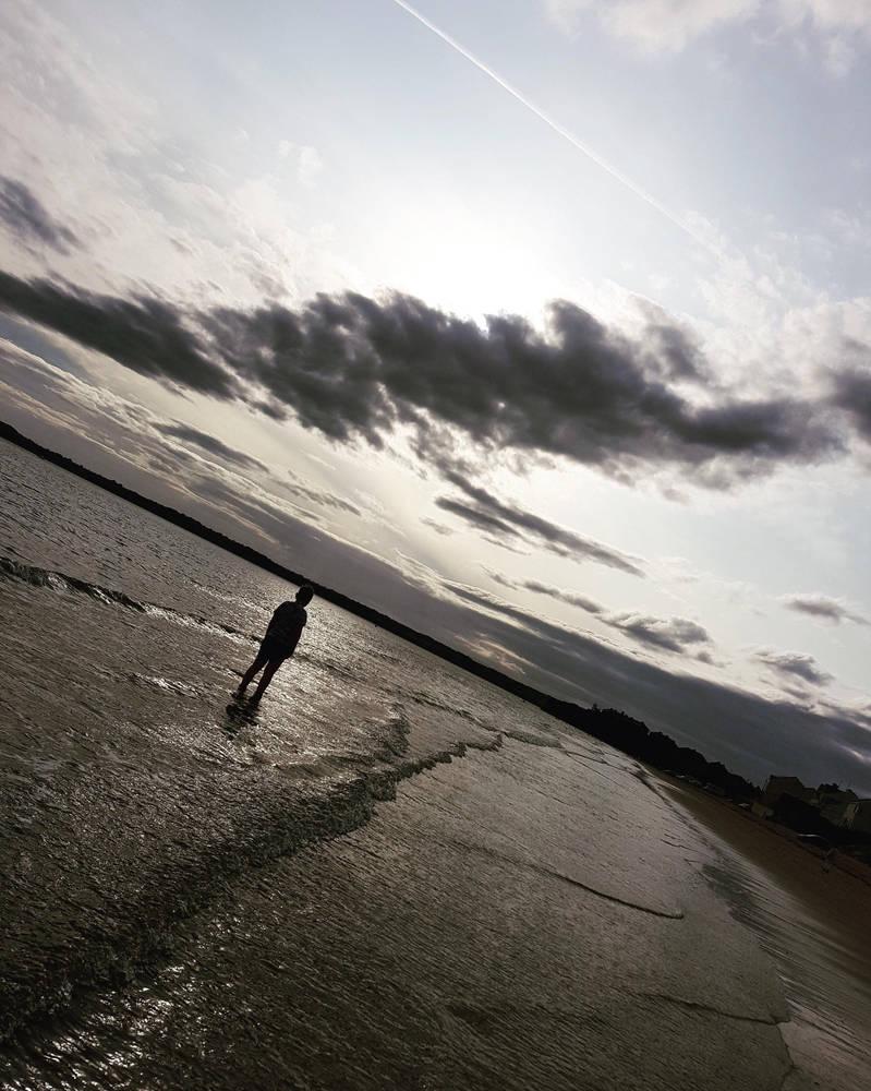 Beach walk by xxleannewardxx