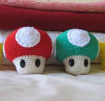 Super Mario Mushrooms by Goldenjellybean