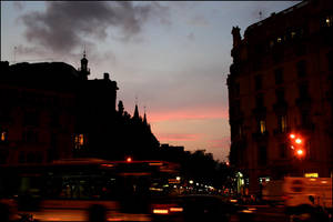 evening in barcelona. by steeerne