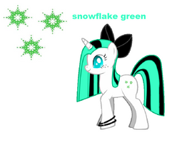 Snowflake Green by puremelody12