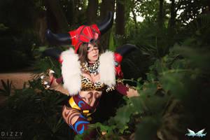 Yuna Berserker Cosplay by MiciaGlo