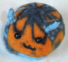 The Ugly Puff Puggle by callykarishokka