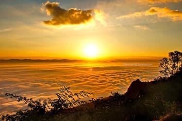 Doi Samoe Dao Sunrise by tawunap159