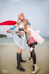 Lightning and Serah: Protect by SakuMiyuku
