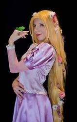 Rapunzel cosplay 2 by YurikoSeira