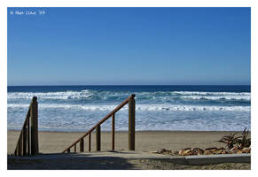 The Beach and the Waves by daschristkind