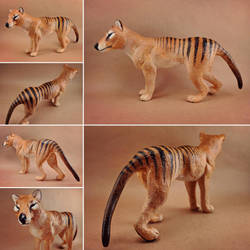 Thylacine sculpture by oxpecker