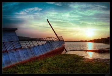 Sunken Boat on Arkansas River by joelht74