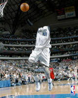 Invisible Basketball by ridgl