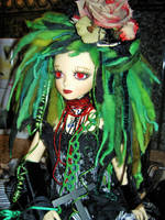 Pretty in Green by livingdeaddollie