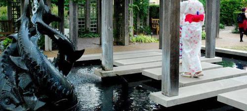 Fish Fountain by alexyasha