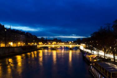 Paris by night by RStessy