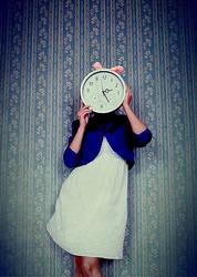 Make time kitsch by Julie-de-Waroquier