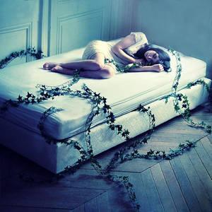 Unconscious life by Julie-de-Waroquier