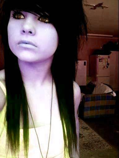 Loras Emo Girl by emoXsceneXgirl101