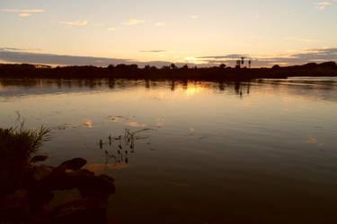 Sun goes down in Roermond by Stilleschrei