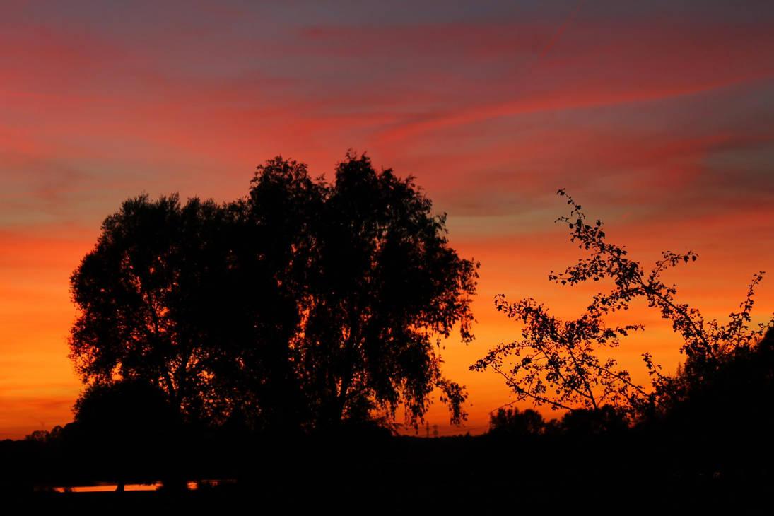The afterglow by Stilleschrei
