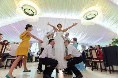 bride by PRETEND3R