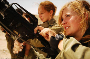 IDF gorgeous blonde by barezra