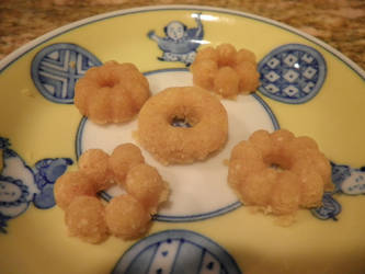 Happy Kitchen Cakes by krispykat