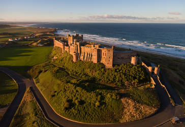 Castle and Coast by scotto