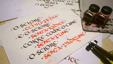 Calligrafia Onciale by DeRupe