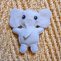 elephant plush by laminimouse