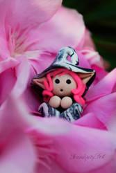 Thumbelina by SerendipityDesT