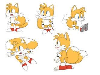 Tails x5 by YellowHellion