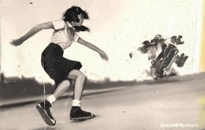 Super-Komrad-Girl-throwing-a-car by AldgerRelpa