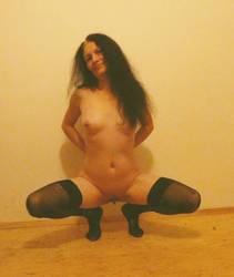 Mariann posing (17) by Malcsik