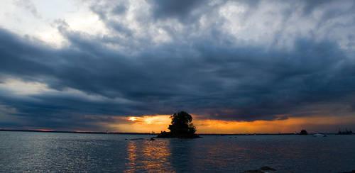 Stormy Sunset by hilmanfajar