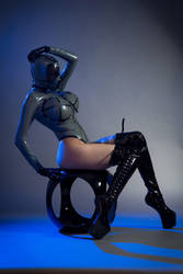 Droid by Ariane-Saint-Amour