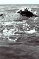 Swallowed by the sea by XxKontraxX