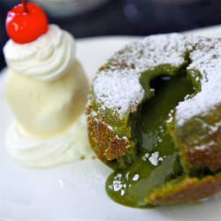 Green tea lava cake.. by jeffzz111