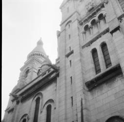 Basilique de Montmartre by DameTenebra