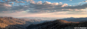The Smoky Mountains by nickhanson