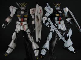 HGUC Nu Gundam Front View by GameraBaenre