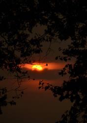 Sun goes down by SeriantSlyjarr