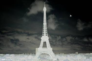 Peace for a negative Paris by ledhorj