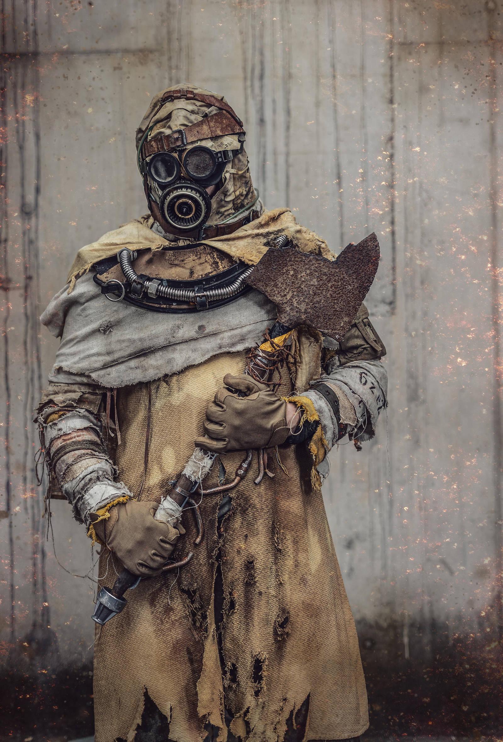 Post apocalyptic desert raider by AestheticApocalypse