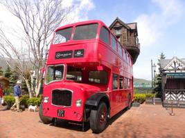 London Bus by RiverKpocc