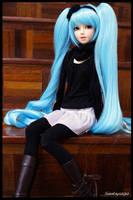 Hatsune Miku Cosplay by wawa-station