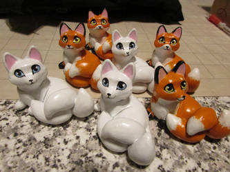 Kitsune kits by tallydragon