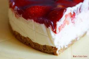 Strawberry-Elderflower-Cake by Cailleanne