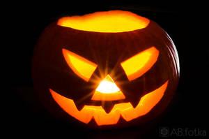 Happy Halloween 2 by parsek76