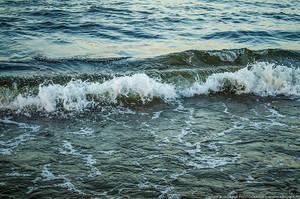 Sea waves by parsek76