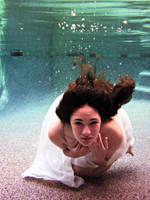 Underwater 1561 V2 by hyuuchiha-girl