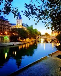 Paris early morning... Quai des Grands Augustins  by Monomakh