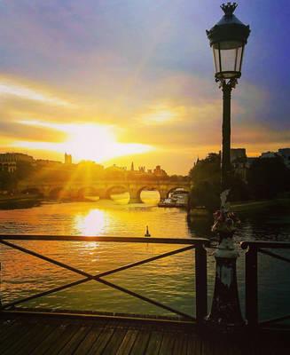 Sunrise at Pont des Arts, Paris  by Monomakh